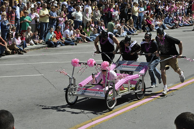 Bed Race 09